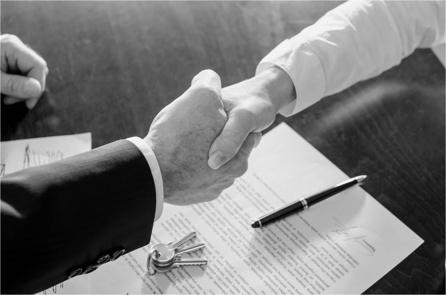 ייצוג אלביט מערכות בעסקת השקעה ורכישת השליטה בחברת הבת סייברביט