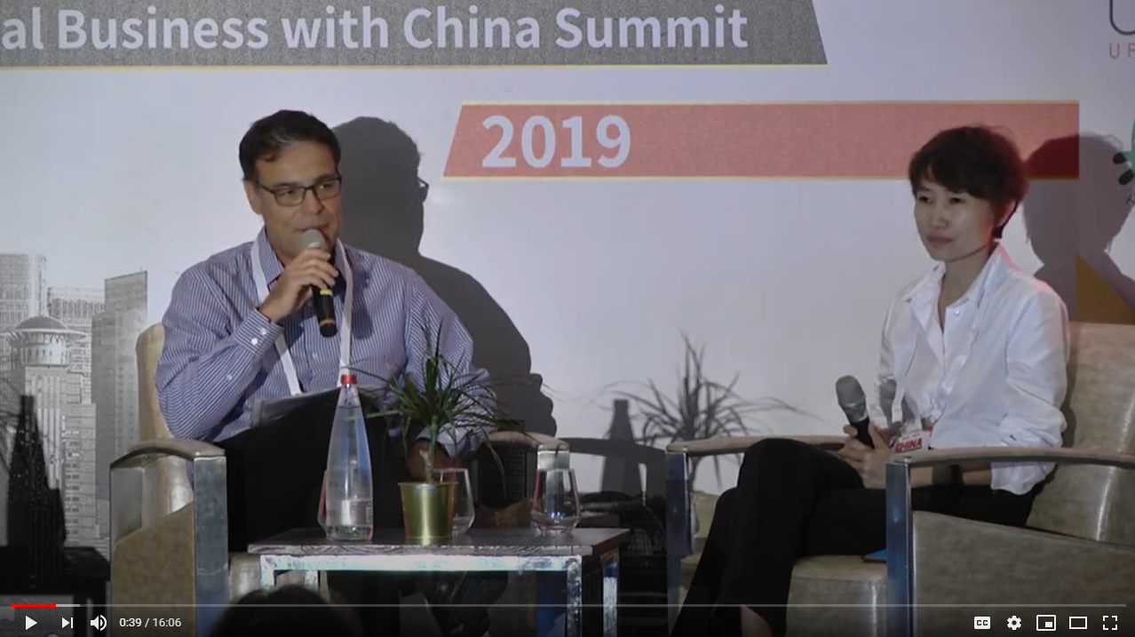 Lior Aviram and Rachel Liu (Founder & CEO of Rimonci Capital) in a fireside chat